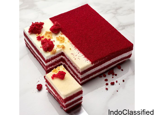 Red Velvet Naked Layer Cake with Cream Cheese – Smoor Chocolate
