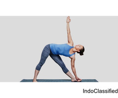 PRACTICE UTTHITA TRIKONASANA AND STRENTHEN YOUR KNEE, THIGH AND ANKLE