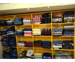 We are offering a wide range of jeans, shirts and t-shirts at cash on delivery.