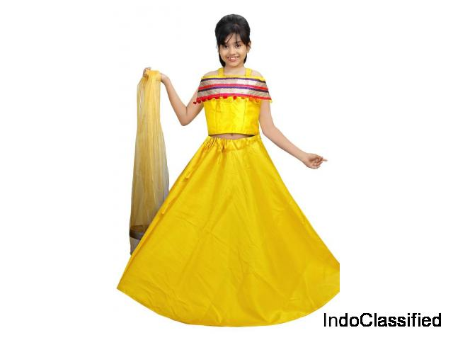 Hand embroidery kids lehenga with dupatta at Mirraw up to 20% Off