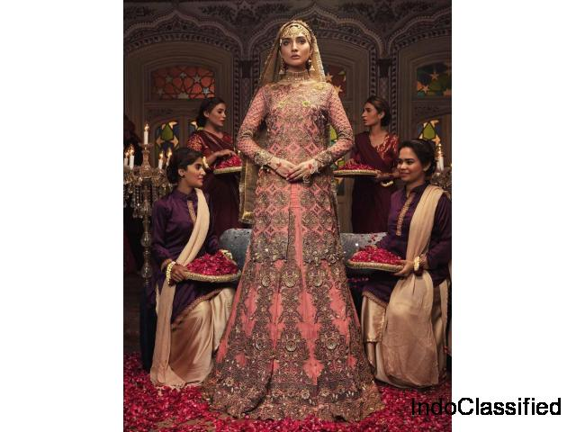 Best Pakistani Suits at Offer Price