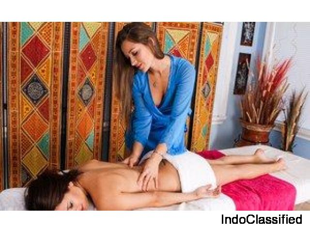 Female to Male Body Massage in Jaipur 8824117778