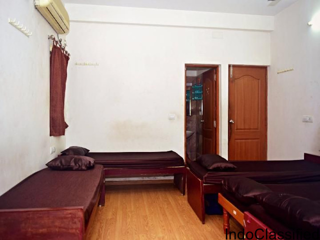 The luxurious Paying Guest for men and Women at Perungudi