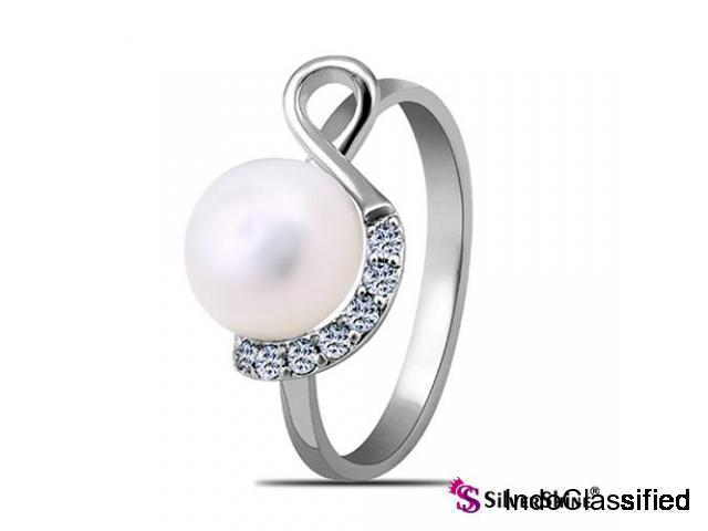 Find silver rings for girl friends from silver shine