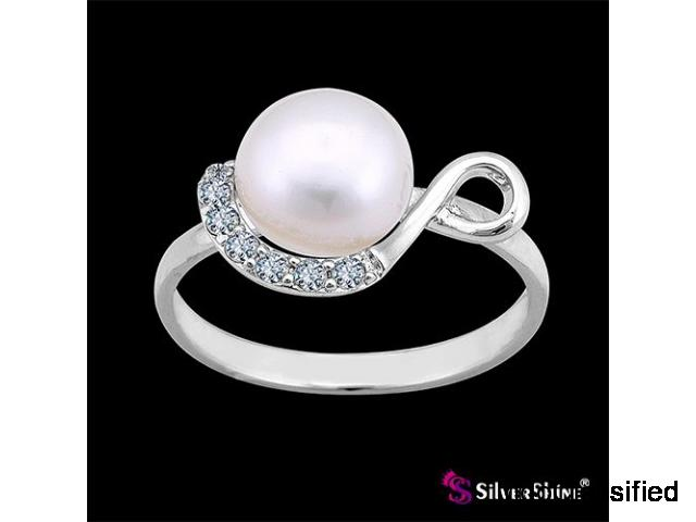 Find sterling silver rings for girl friends from silver shine