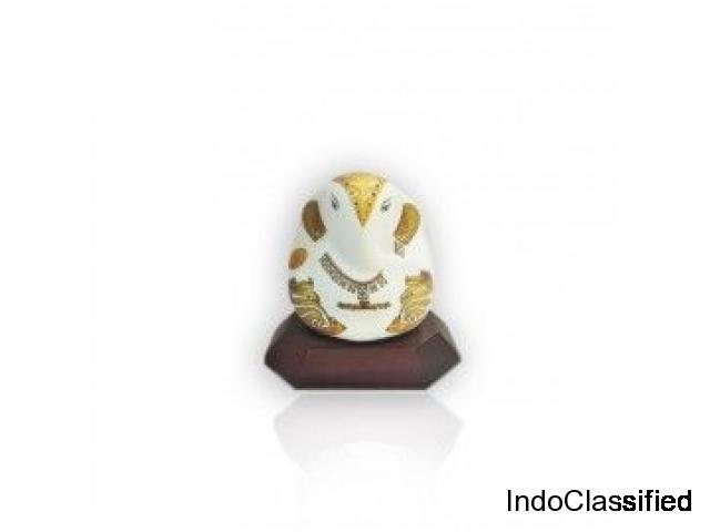 Know which ganesha idol is good for car dashboard