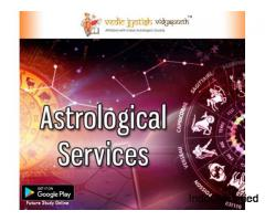 Astrologer on phone