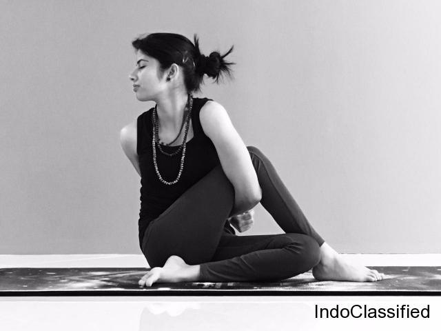 Personal Yoga Trainer in Dubai - Lifestyle Yoga