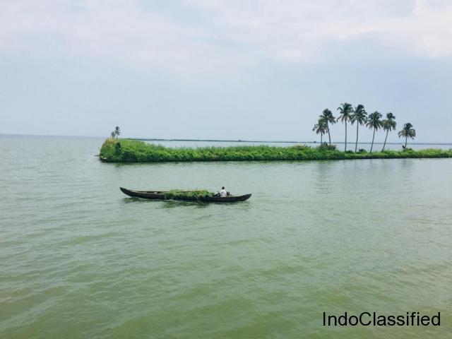 Explore the Real Beauty of Kerala Backwaters