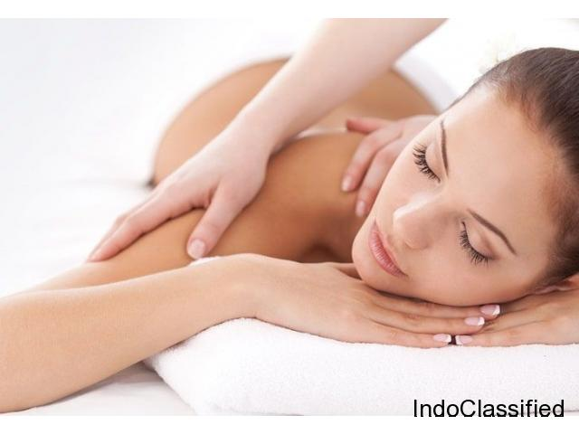 Full Body Massage Parlour in Kailash Colony Delhi