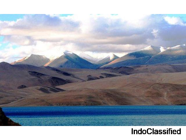 Ladakh Super Saver with friends and family